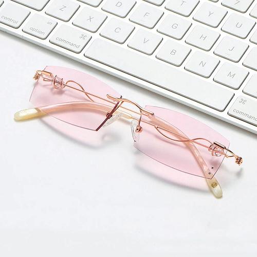 2020 fashionable ladies pink reading glasses