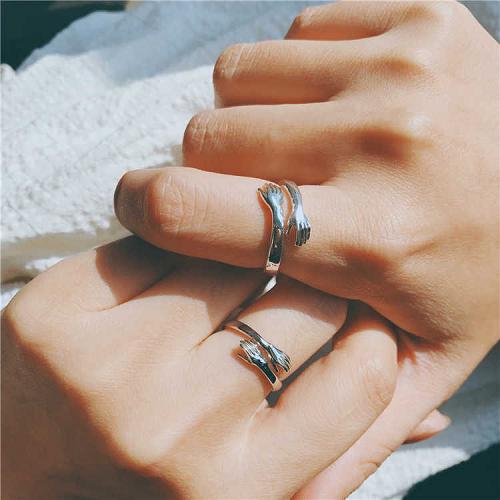 Couple Hug Ring - 2Pcs